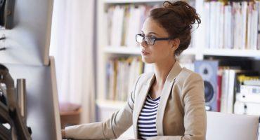 Reduzindo os custos com o uso de um software de gestão escolar
